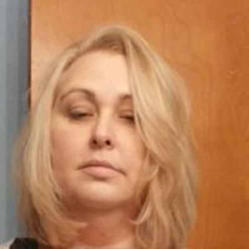 Shellie Snoddy's avatar
