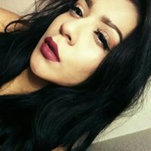 Vanessa Luna's avatar