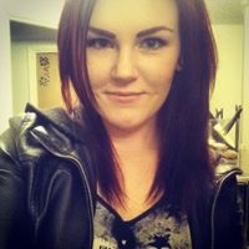 Monique Lisanne's avatar