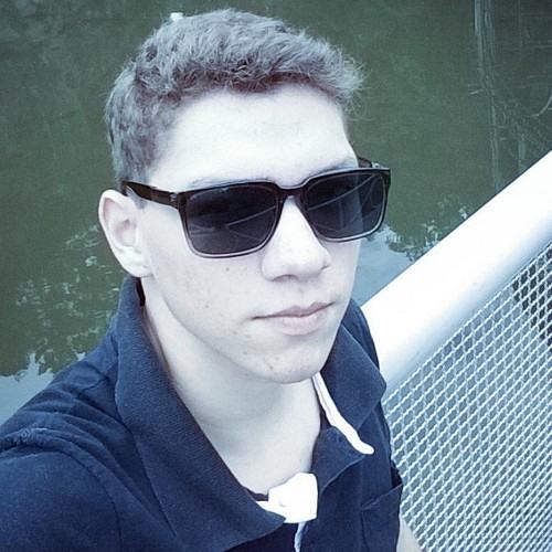 rogervezaro's avatar