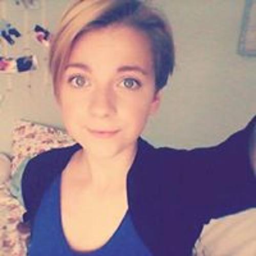 Julia Ewert's avatar