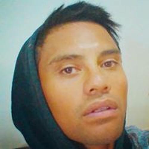 Mendez Wade's avatar