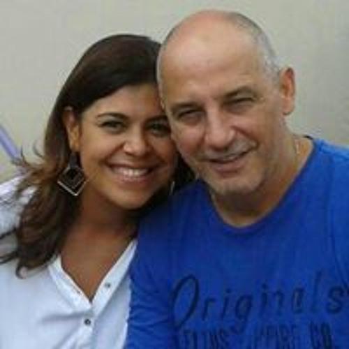 Iara Vargas's avatar