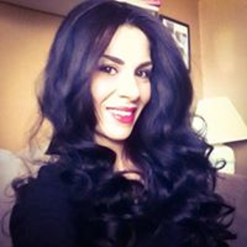 Sandra Bee's avatar