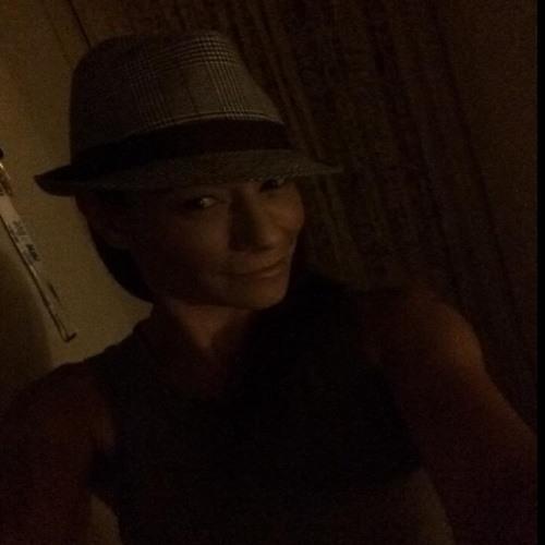 Alli-Katniss:P's avatar