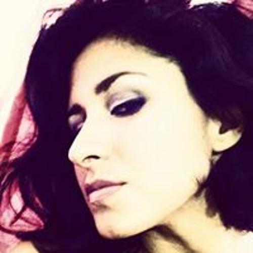 Tathi Figue's avatar