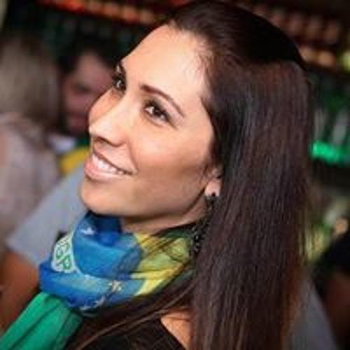 Ana Zattar's avatar