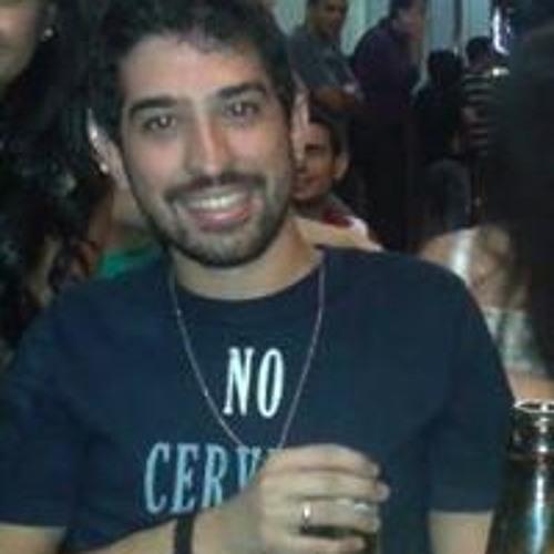Vinicius Marquez's avatar