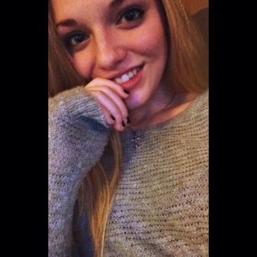 alyssa bowden's avatar