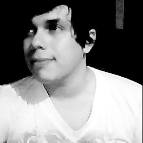 Daniel Fernando 35's avatar