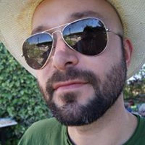 Roberto Martin Gutierrez's avatar