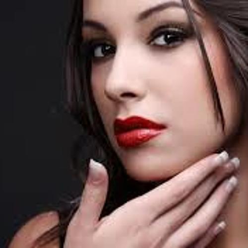 Kylie Looea's avatar