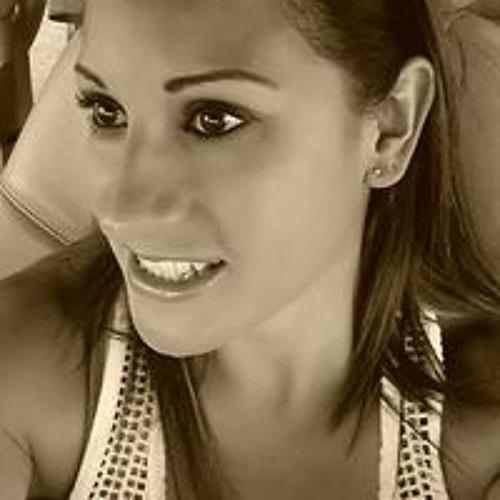 Karla Hernandez's avatar