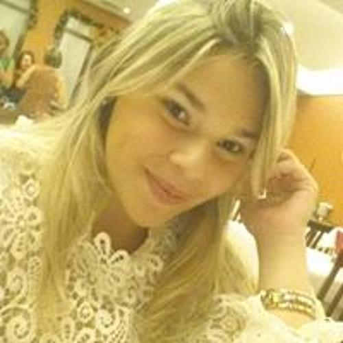 Juliana Do Vale's avatar