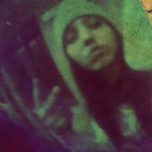 Jennifer Luna Llena's avatar