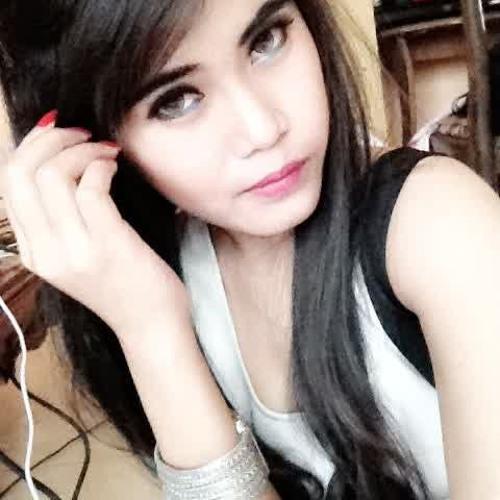 Rena's avatar