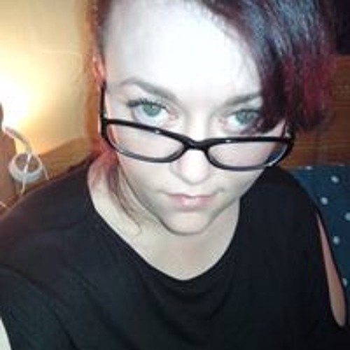 Holly Davis's avatar