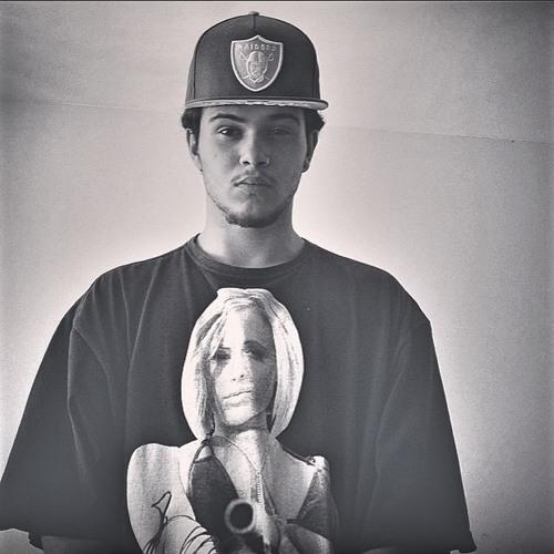 Gabriel vinte2's avatar