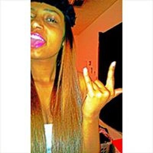 Emoni Clements's avatar