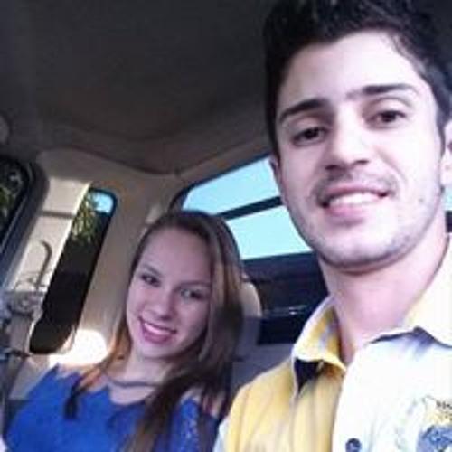 Daniel Carlos's avatar