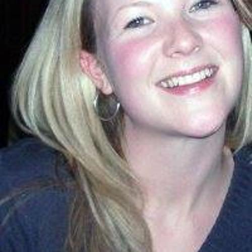 Lisa Ostrom's avatar