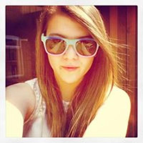 Lucy Warm's avatar