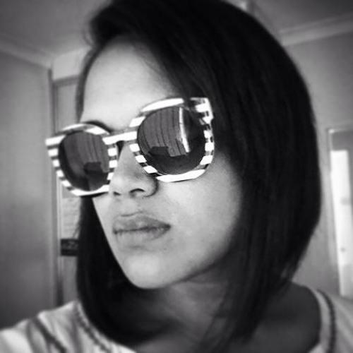 Dj Ria Stark's avatar