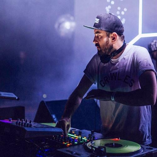 DJ pFeL's avatar