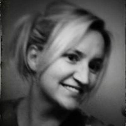Ashley Plemons's avatar