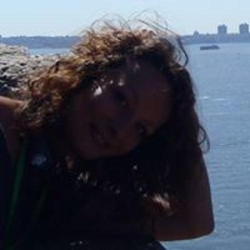 Amelie Manet's avatar