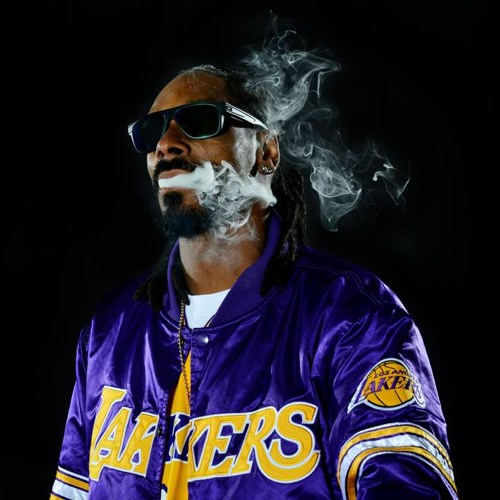 BACSTROKN N SMOKN SNOOP BEAT