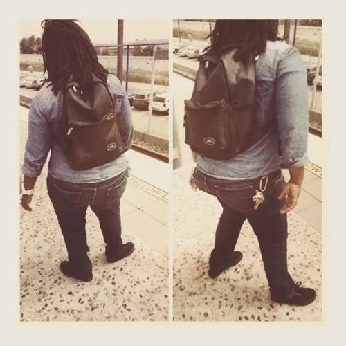 Dee Simone's avatar