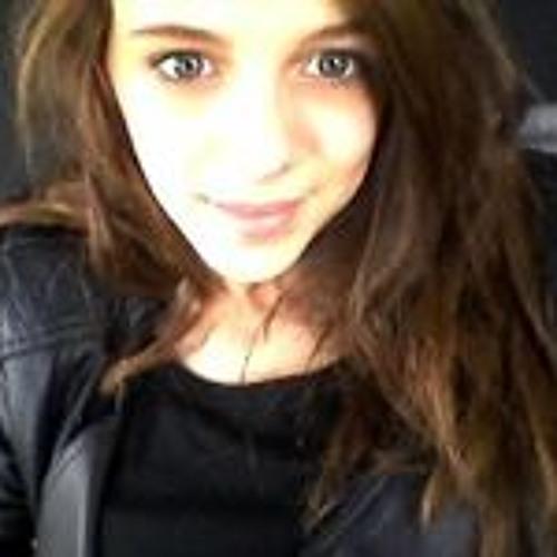 Lucie Bst's avatar