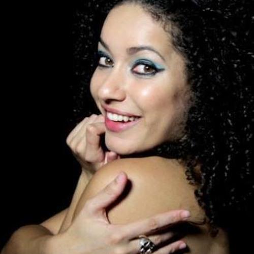 Angélica Pimenta's avatar