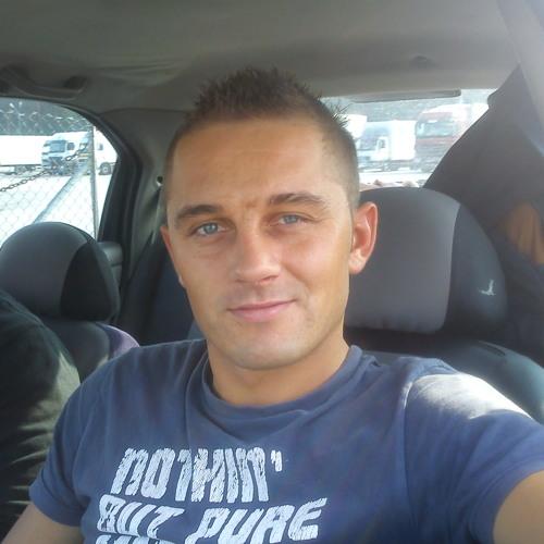 Daniel Daniel K's avatar