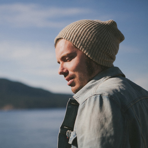 Josh Garrels's avatar