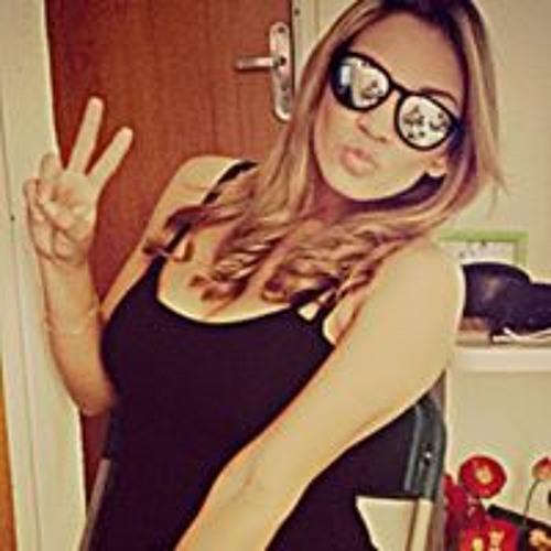 Izabela Garcia's avatar