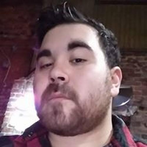 Macgyver Hlad's avatar