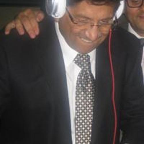 Yogi Trivedi's avatar