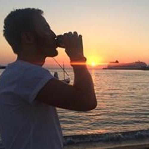 Kris Tait 1's avatar