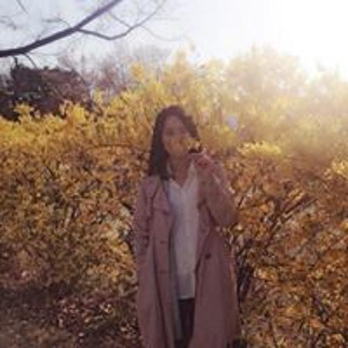 Yoo Jung Dan's avatar