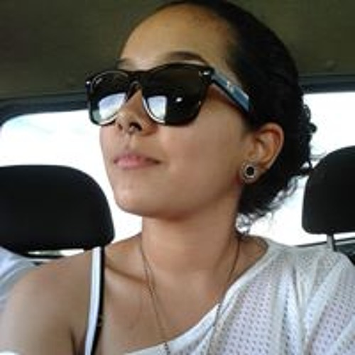 Isabel Menezes's avatar