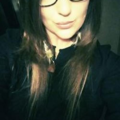 Ashley Liane's avatar