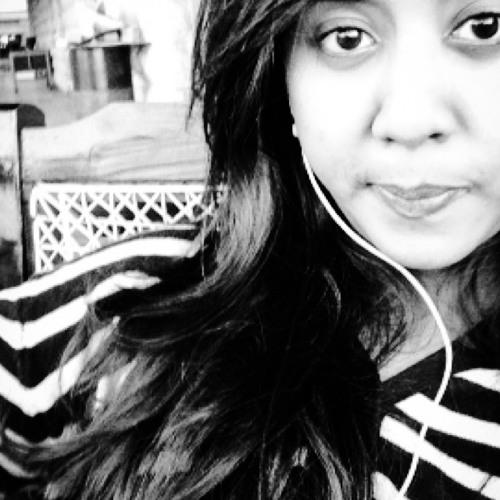 Hina Noor's avatar