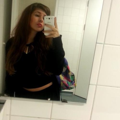 Roos Gjini's avatar