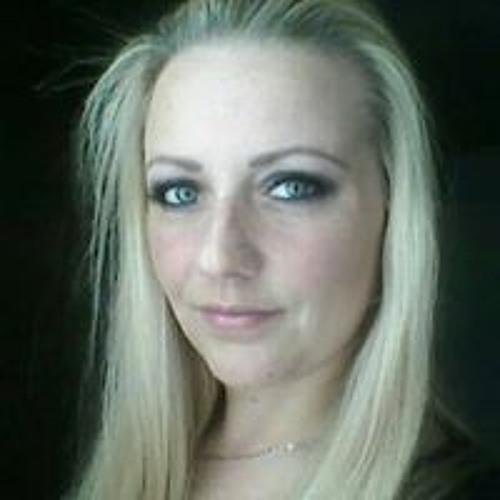 Relana Mullens's avatar