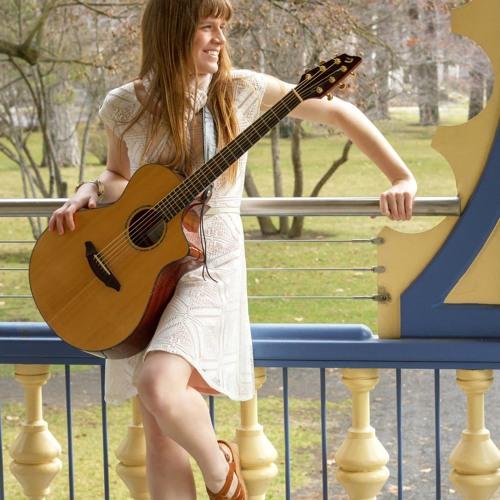 Celeste Flock's avatar