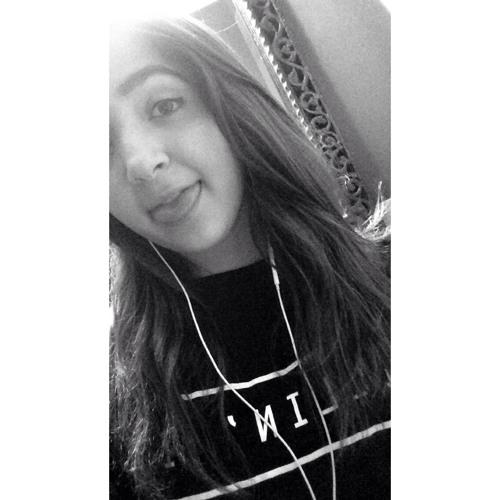 simply__yasmine's avatar