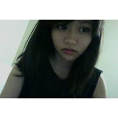 Helen Quach's avatar