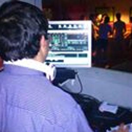 Aaron Castellanos's avatar